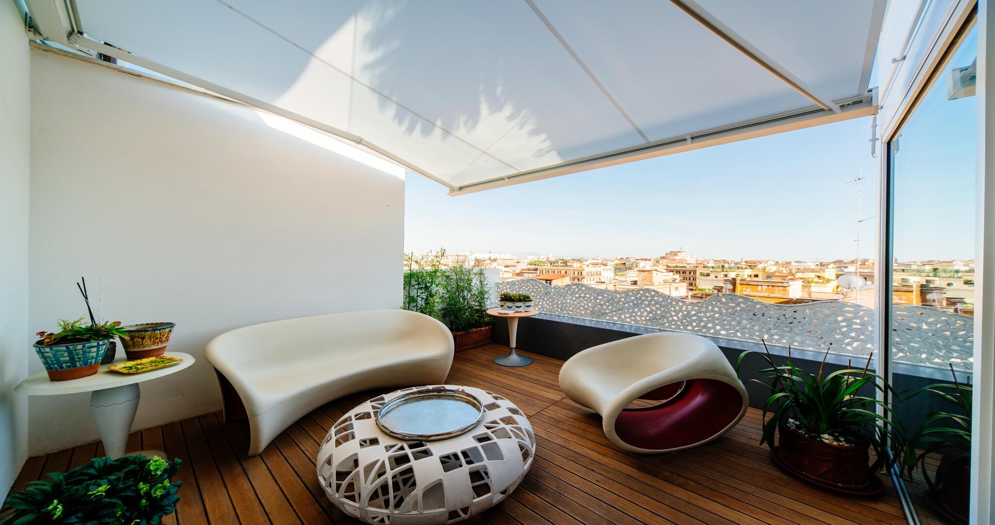 Tende Per Soffitti Inclinati tenda da sole a parete - qubica light - ke outdoor design
