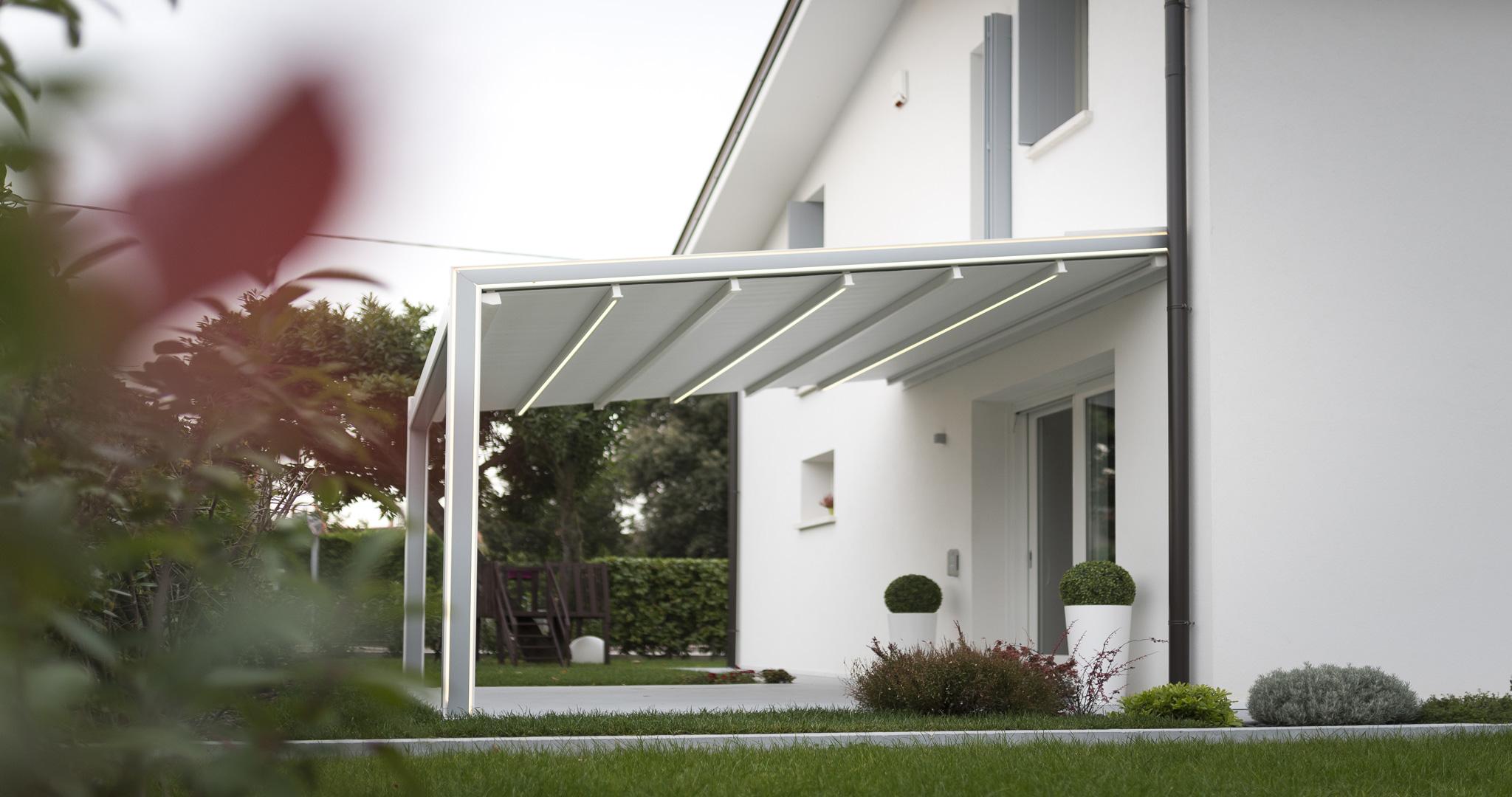Tende Da Sole Tetto Spiovente pergole addossate a tetto inclinato - ke outdoor design